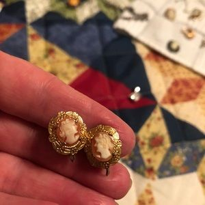 HOLD FOR RAPOP75 Beautiful cameo earrings